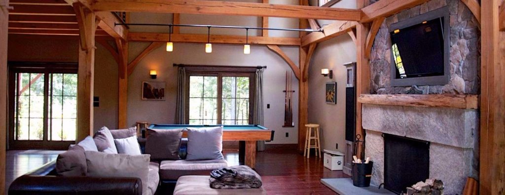This barn frame allows for a good flow and informal family living as well as entertaining.