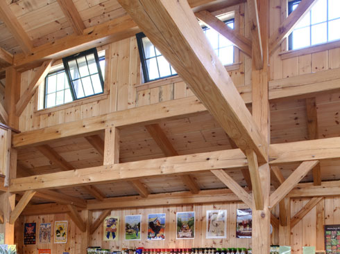 Public spaces for Clerestory roof truss design